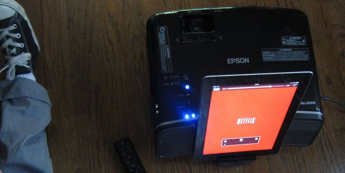 Портативный видео-проектор