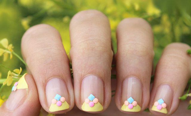 Легкий летний дизайн ногтей