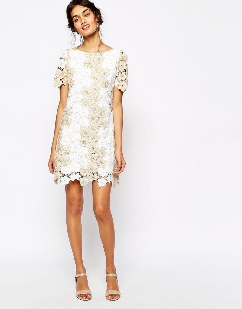Кружевное простое платье