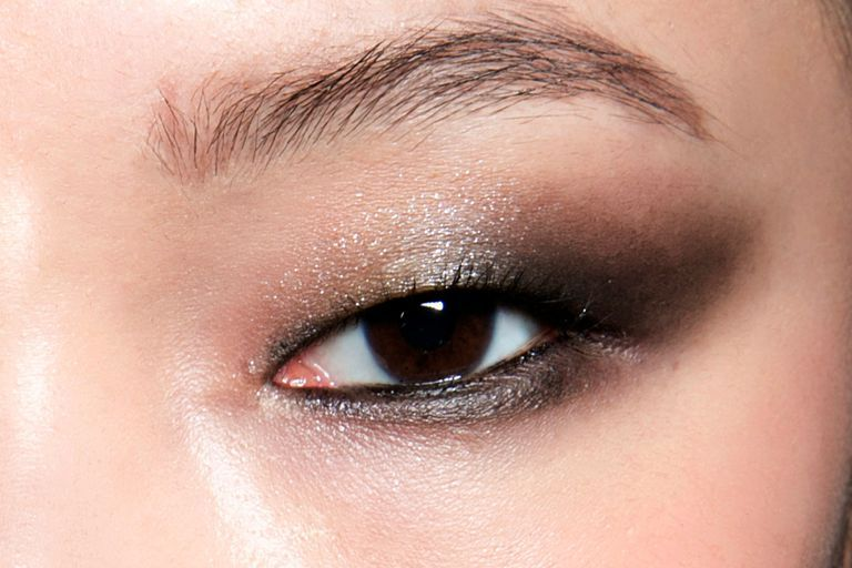 Soft, Smoky Cat Eye with Shimmer-Flecked Silver and Gray Eyeshadows