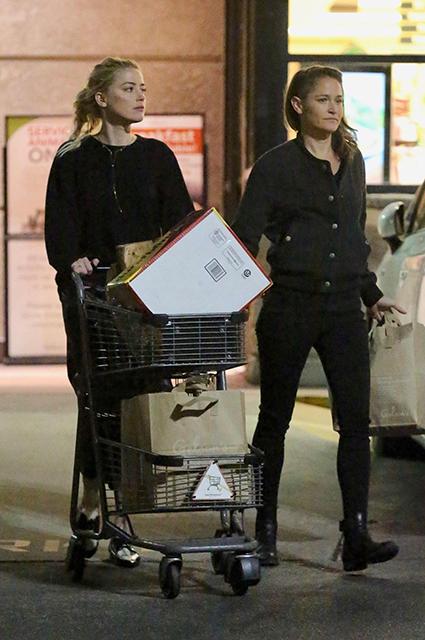 Эмбер Херд сфотографировали на шопинге со своей девушкой Бьянкой Бути