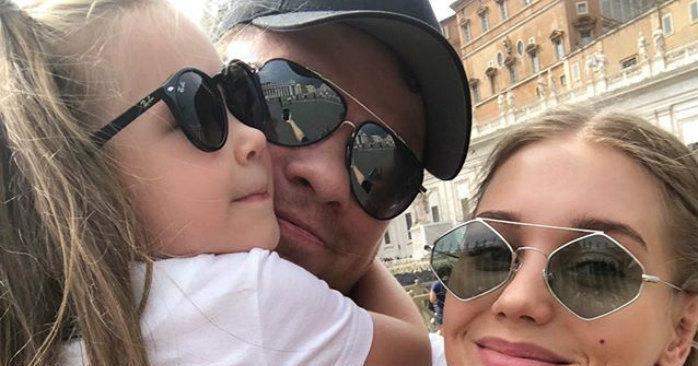 Кристина Асмус опубликовала совместные с Харламовым трогательные фото
